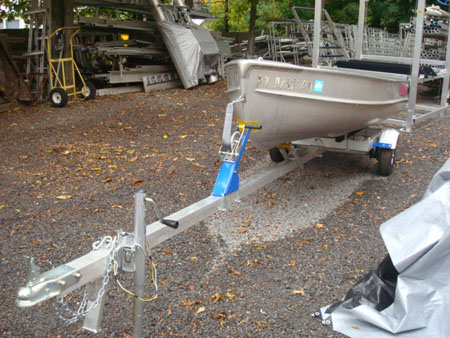Lifetime Docks   Boat Lifts   Gates   Aluminum Trailers